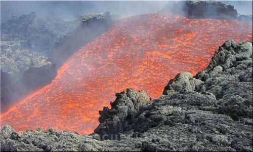Etna colata lavica